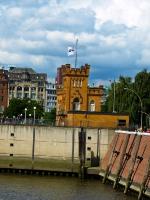 Polizeiwache im Hafen_P8030504