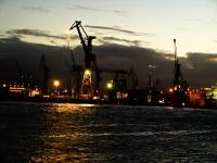 Werft Blohm und Voss bei Nacht_A041847