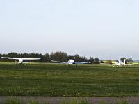 Insel Rügen_Fluplatz Güttin, Flugzeug_Parkplatz_AA210996