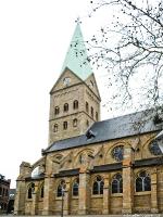 Bochum-Wattenscheid_Propsteikirche-St.-Gertrud-von-Brabant_1214727)