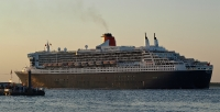 queen_mary_2_P15085106