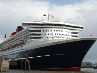 queen_mary_2_P5043437