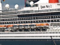 queen_mary_2_P5043914