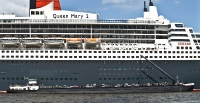 queen_mary_2_P5044018_stitch