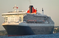 queen_mary_2_P5085230
