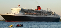 queen_mary_2_P5085250