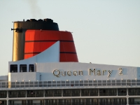 queen_mary_2_P5085281